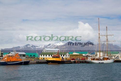Hofn harbour iceland