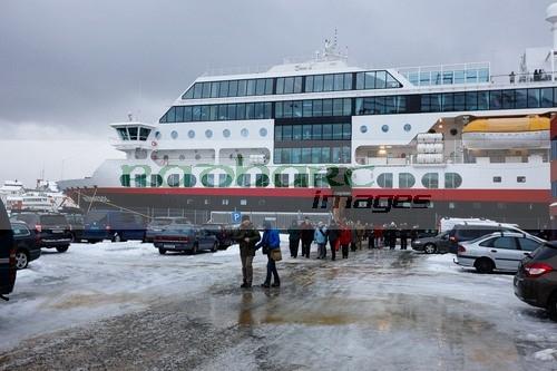 Hurtigruten MV Midnatsol in Honningsvag