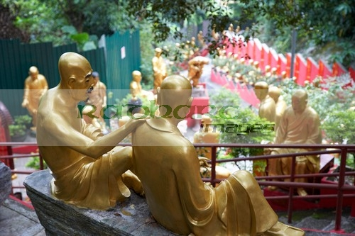 top of the 10,000 buddha monastery path