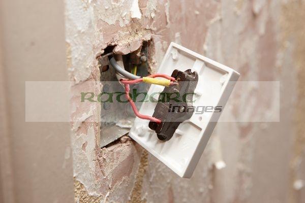 loose wiring electrical socket house home diy renovations