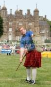 David-Barron-from-New-York-USA-at-the-Glenarm-Castle-International-Highland-Games-USA-v-Europe,-Glenarm,-County-Antrim,-Northern-Ireland.