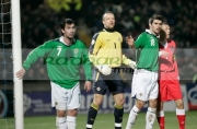 Northern-Ireland-goalkeeper-maik-taylor-players-keith-gillespie-aaron-hughes-prepare-to-defend-corner-from-wales-craig-bellamy-at-an-international-friendly-football-match-between-Northern-Ireland-Wales-at-Windsor-Park-6th-February-2006
