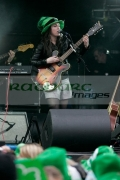 Sandi-Thom-on-stage-at-the-St-Patricks-Day-Concert,-Belfast