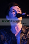 BELFAST,-UNITED-KINGDOM-_-DECEMBER-14:-Danny-ODonaghue-The-Script-performs-at-St-Georges-Market-on-December-14,-2008-in-Belfast,-Northern-Ireland