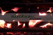 coal-fire-burning-burnglo-smokeless-anthracite-fuel-in-the-uk