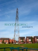 electricity-transmission-tower-pylon-above-residential-houses-liverpool-merseyside-uk-united-kingdom