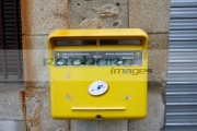 la-poste-french-post-box-in-mont_louis-pyrenees_orientales-france