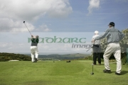 Golfers-taking-shot-at-Scrabo-Golf-Club,-Newtownards,-County-Down,-Northern-Ireland.