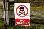 no-fracking-protest-posters-on-farmers-field-county-fermanagh-northern-ireland-uk