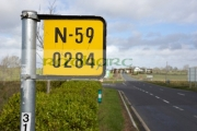 mile-yardage-marker-road-sign-signpost-on-the-n_59-county-sligo-republic-ireland