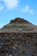 pile-recycled-shredded-metals-at-metal-recycling-site-Belfast-Northern-Ireland-UK