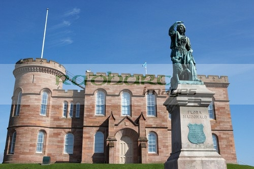 Inverness Castle and Flora MacDonald statue