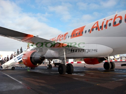 flying - easyjet aircraft