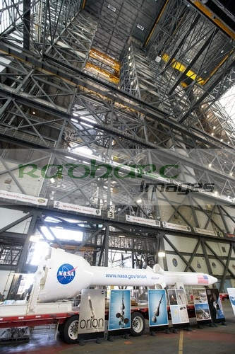 orion mockup in the VAB at KSC